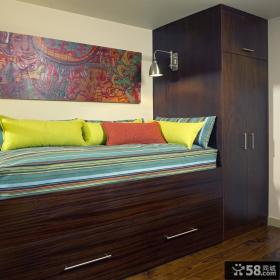 卧室实木组合衣柜效果图