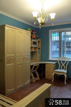 带书房卧室实木衣柜效果图