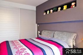 现代小户型卧室装饰效果图