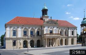 国外欧式二层别墅外观图