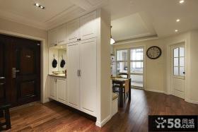 家庭装修进门玄关鞋柜隔断设计